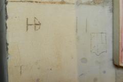 HD, S, heraldic shield, T