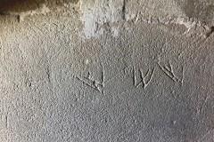 Marian marks, W