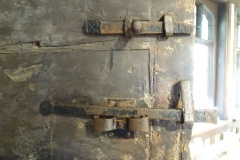 Early C17th latches with X marks on the inside of the front door