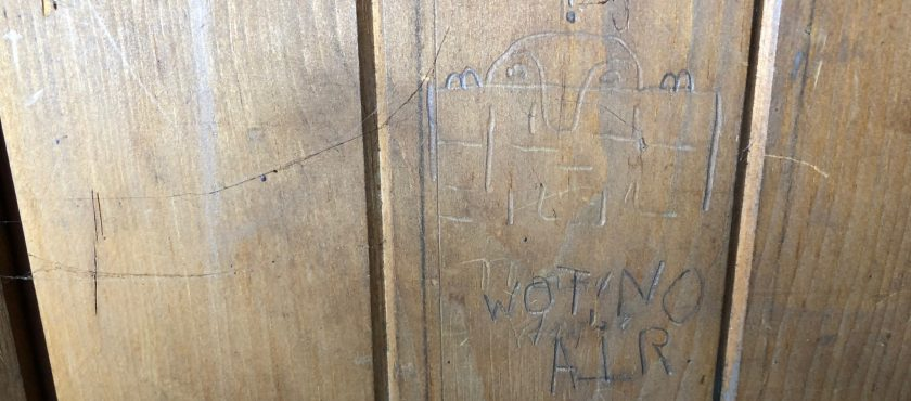 'Wot No Air?' – A Selection of Organ Graffiti in Essex